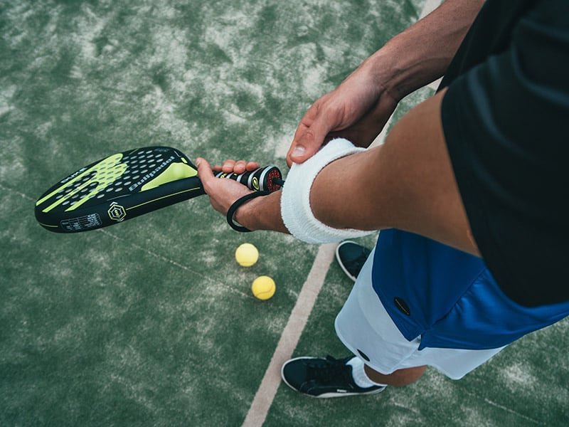 Best Racquets for Tennis Elbow
